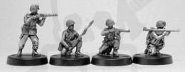 1944-45 US Airborne infantry, with rifles, grenade launcher & bazooka